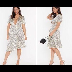 Nasty Gal Deep V neckline print dress size 16